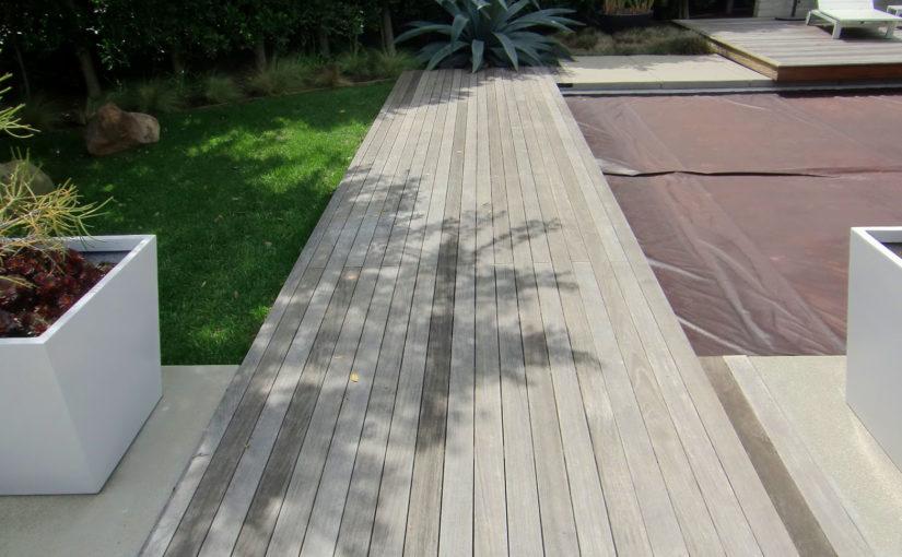 Deck de Madeira Demolição Nova é Solução para a Decoração